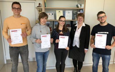 DGler erfolgreich im internationalen Chemiewettbewerb