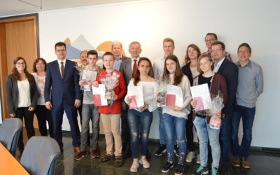 """Ehrung der Teilnehmer am Wettbewerb """"Jugend forscht"""""""