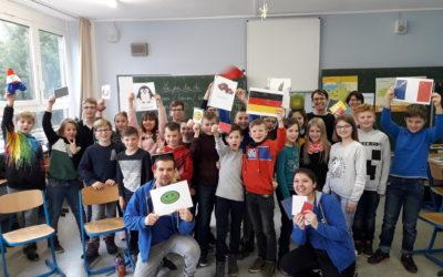 Das FranceMobil am Dientzenhofer-Gymnasium