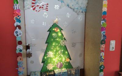 Wer hat die schönste Tür? Die Gewinner des Weihnachtswettbewerbs der SMV